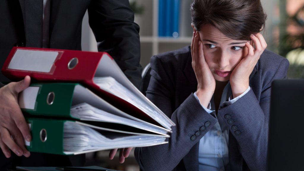 Оплачивать дополнительную работу нужно и тогда, когда она предусмотрена должностной инструкцией